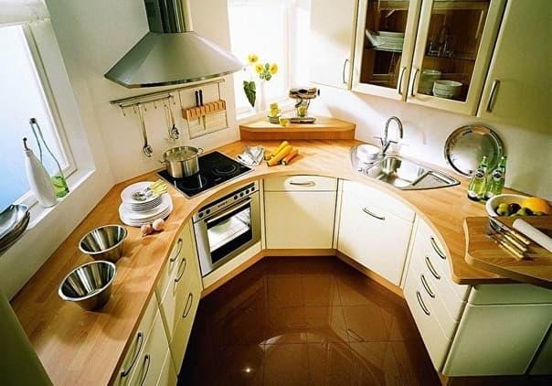Кухни нестандартной формы